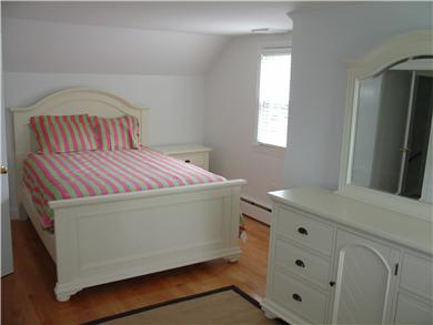 Falmouth Cape Cod vacation rental - 2nd floor queen