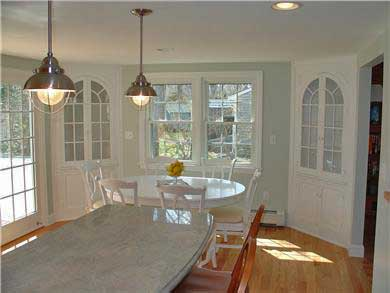 Falmouth Cape Cod vacation rental - Breakfast bar and dining area