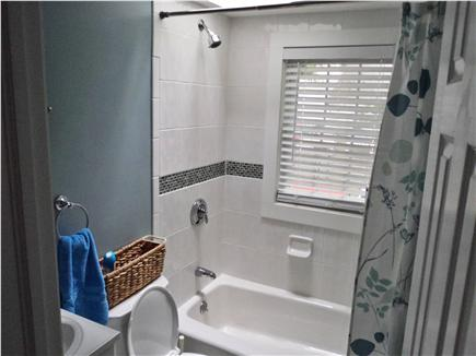 Hyannis Cape Cod vacation rental - Bath Room