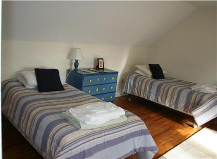 Brewster Cape Cod vacation rental - Two more twin beds upstairs