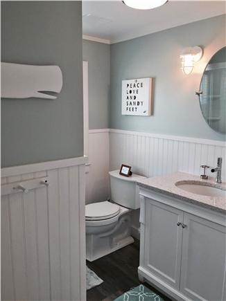Wellfleet Cape Cod vacation rental - Renovated master bath