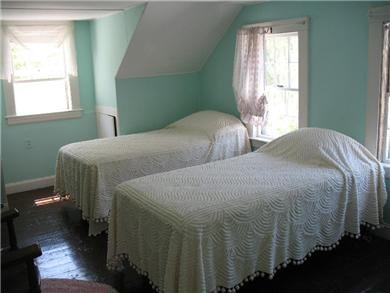 Brewster, north of 6A Cape Cod vacation rental - 3rd Bedroom: Twin beds