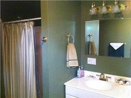 Truro Cape Cod vacation rental - Powder Room