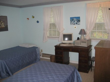 Dennis Cape Cod vacation rental - Bedroom 2 twin beds and wireless internet conection