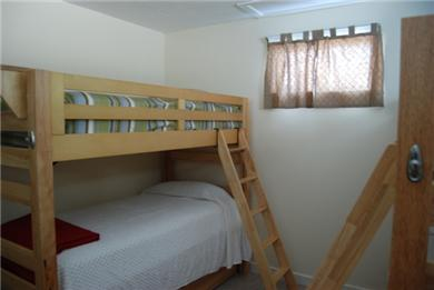 Plymouth MA vacation rental - Bunk Beds