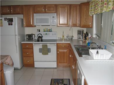Plymouth MA vacation rental - Open design kitchen with Island seating