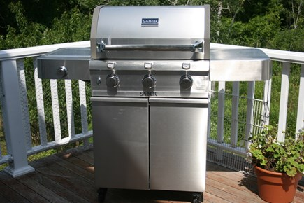 Chatham Cape Cod vacation rental - New SABER Infrared Gas Grill