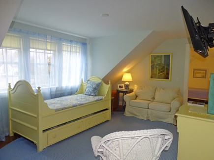 Chatham Cape Cod vacation rental - SECOND FLOOR SITTING ROOM