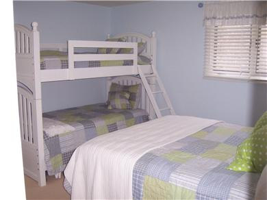 New Seabury New Seabury vacation rental - Bedroom ( Queen and Bunks)