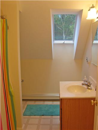 West Brewster / East Dennis  Cape Cod vacation rental - Upstairs full bathroom