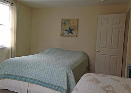 West Brewster / East Dennis  Cape Cod vacation rental - Third b'rm has a Queen bed and a twin bed, sleeps 3.