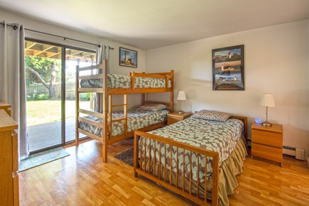 Wellfleet Cape Cod vacation rental - Twin beds bedroom