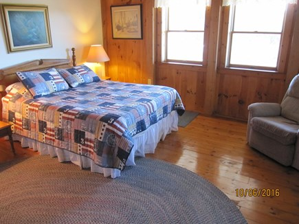 South Truro Cape Cod vacation rental - Extra Large Queen bedroom with sitting area