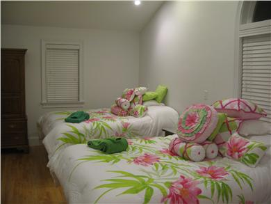 Kingston MA vacation rental - So comfy, you don't need a pillow fight, to be KO'd for the night