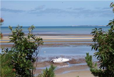 Brewster Cape Cod vacation rental - The end of the path depicting the famous Brewster Flats
