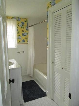 North Dennis Cape Cod vacation rental - Full bath -1st floor