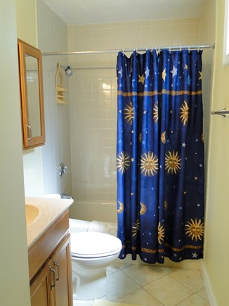 Brewster Cape Cod vacation rental - Master bathroom with tub