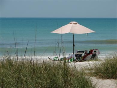 Mashpee, Popponesset Cape Cod vacation rental - 3 Minute Walk to Beautiful Poppy Beach - 12 Houses Away!!