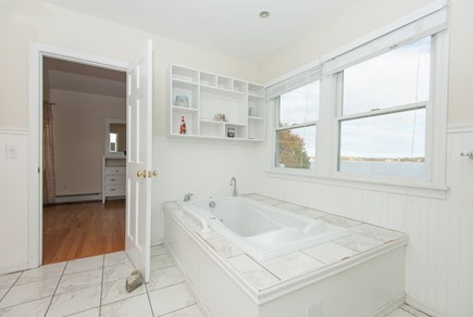 Bourne, Buzzards Bay Cape Cod vacation rental - Jacuzzi tub; between 2 master suite's upstairs. Beautiful view.