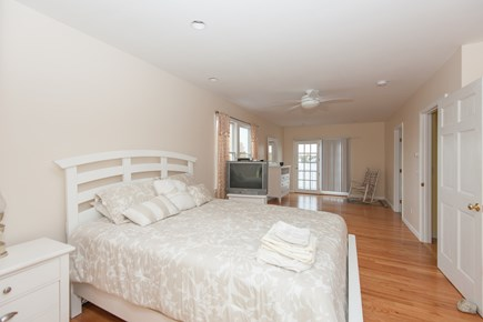 Bourne, Buzzards Bay Cape Cod vacation rental - Second upstairs bedroom