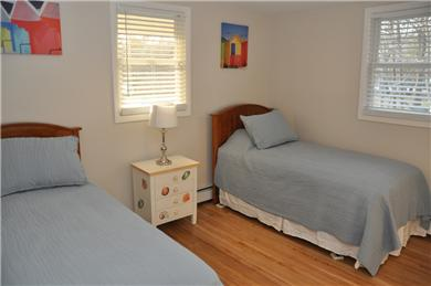 Hyannis Cape Cod vacation rental - Bedroom with 2 twins