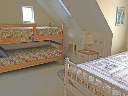 East Orleans Cape Cod vacation rental - Bedroom with bunks and full bed