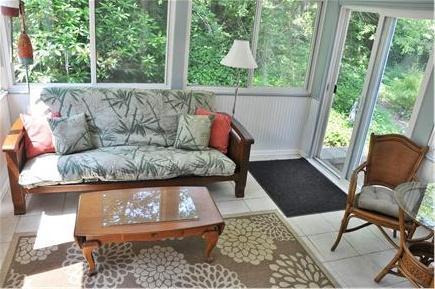 Chatham Cape Cod vacation rental - Sunroom/full size futon