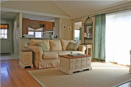 New Seabury, Mashpee New Seabury vacation rental - Very cozy, designer living room.