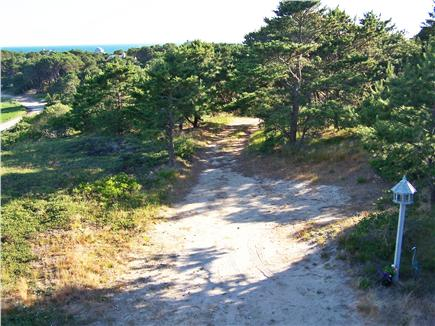 Lieutenant Island, Wellfleet Cape Cod vacation rental - Driveway - private with plenty of parking