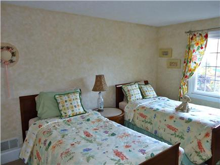 Falmouth Cape Cod vacation rental - Lower twin bedroom