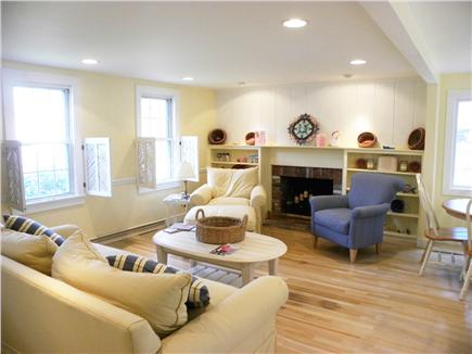 Centerville Centerville vacation rental - Easy and relaxed living room