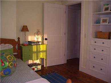 Barnstable Cape Cod vacation rental - Bright & cheery 2 Twin beds. Books, games & pirates treasure box