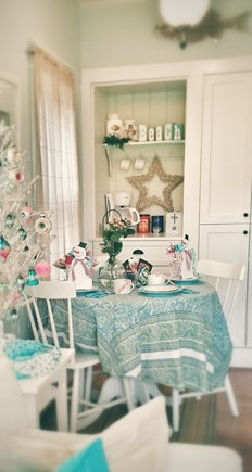 Barnstable Cape Cod vacation rental - All dressed up for the holidays