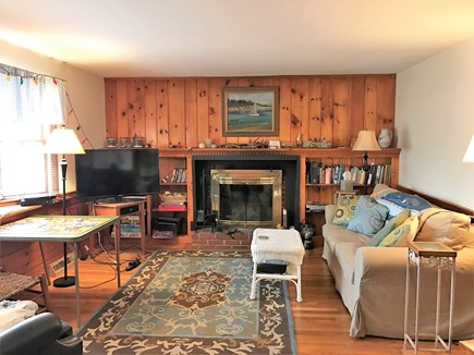 Yarmouth, Hyannis Cape Cod vacation rental - Living room