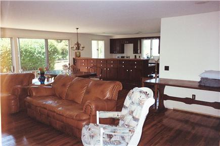 Barnstable, Cummaquid Cape Cod vacation rental - Living Room #1