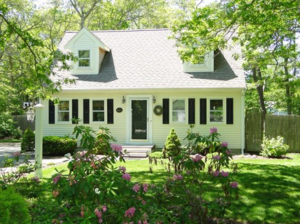 Centerville, Barnstable Centerville vacation rental - Centerville Cape with large back yard