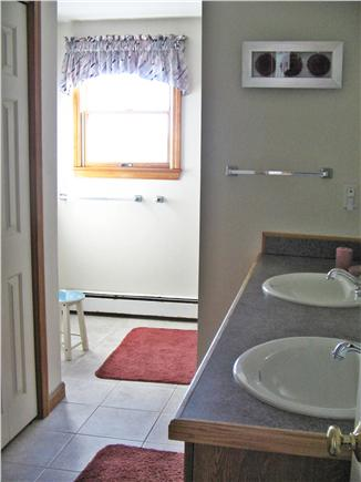 East Sandwich Beach  Cape Cod vacation rental - 2nd floor bathroom