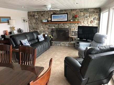 East Sandwich Beach  Cape Cod vacation rental - Living room