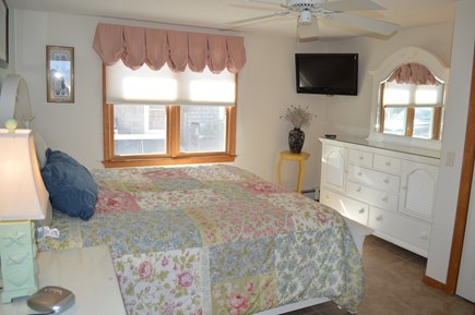 East Sandwich Beach  Cape Cod vacation rental - First floor king bedroom