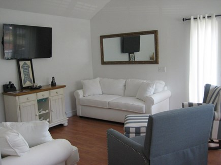 Popponesset Beach Mashpee Cape Cod vacation rental - Living Room