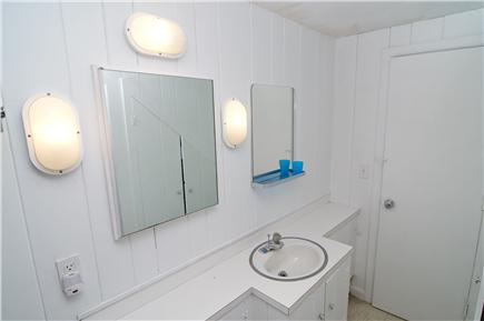 Wellfleet Cape Cod vacation rental - Bathroom on first floor
