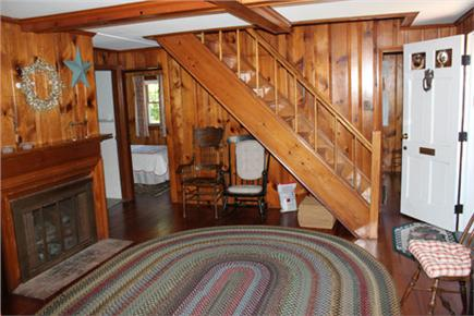 Harwich Port Cape Cod vacation rental - Entrance room
