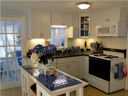 Harwich near restaurants, shop Cape Cod vacation rental - Newly refinished kitchen with new countertops and cabinets