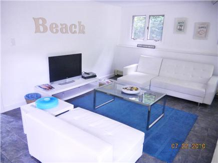 East Sandwich- West Barnstable Cape Cod vacation rental - Family room - or separate suite