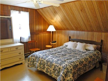 Chatham Cape Cod vacation rental - Upstairs bedroom