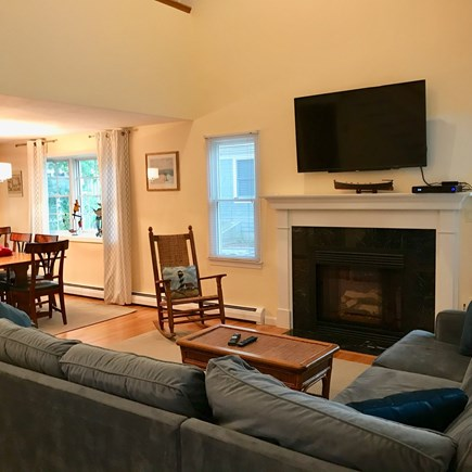 Mashpee, Popponesset Cape Cod vacation rental - Living room with pull out couch