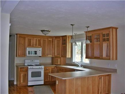 Dennis village Cape Cod vacation rental - Fully equiped kitchen with breakfast bar