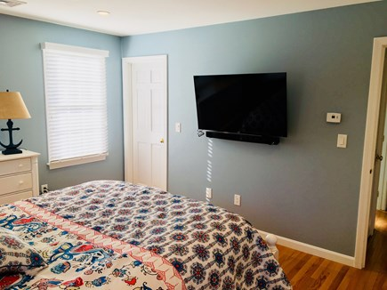 Chatham Cape Cod vacation rental - Downstairs Master with TV