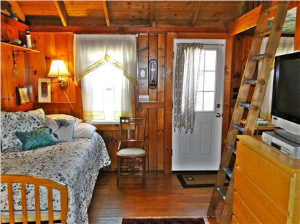 Eastham Cape Cod vacation rental - Cozy space for two, daybed expands