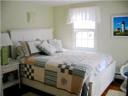 Yarmouth Cape Cod vacation rental - 1st Bedroom (1 Queen Bed)